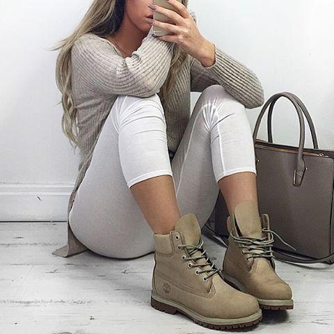 Фото, идеи с чем носить модные тимберленды