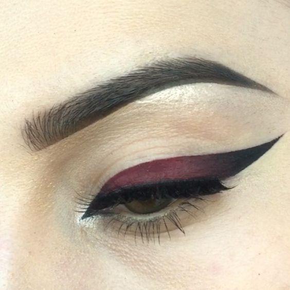 Стрелки на глазах: оригинальные идеи и яркие варианты | | Prod Make Up