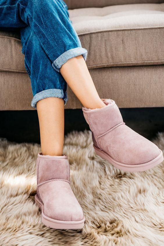 Australian 100% Genuine Leather Ankle Boots. Shop beautiful designer shoes. Luxury brands, newest trends & fall, winter fashion. #uggboots #uggs #boots #bootsfall #bootsoutfit #designershoes #chanel #guccishoes #guccibelt #accessories #bags #bagsandpurses #designerbag #designershoes #drmartens #fallfashion #winterfashion #outfits #outfitoftheday #outfitideas #outfitsfashion #fashion #uggboots #uggbootsoutfits #rivet #booties #britishstyle #streetstyle #streetwear #streetfashion