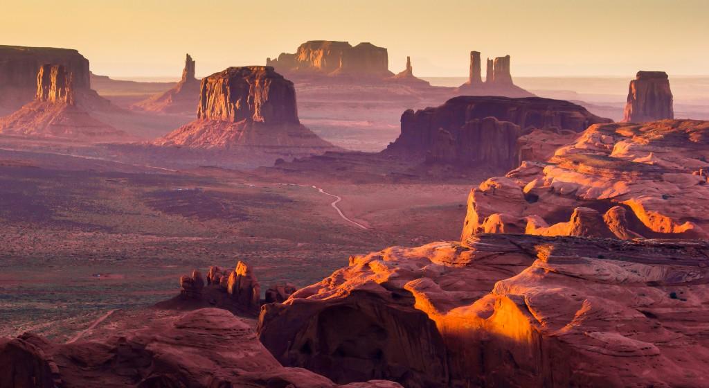 Картинки по запросу Долина монументов -США