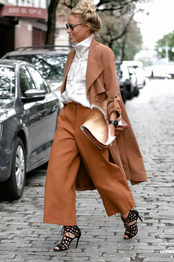 Уличная мода: Лучшие модные образы за неделю: Мария Колосова, Christine Andrew, Gina Vadana и другие
