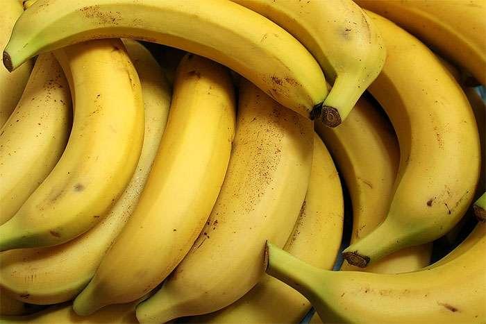 """Картинки по запросу """"бананом"""""""