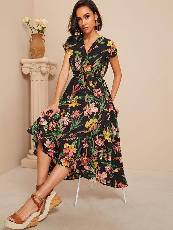 Платье с цветочным принтом с запахом