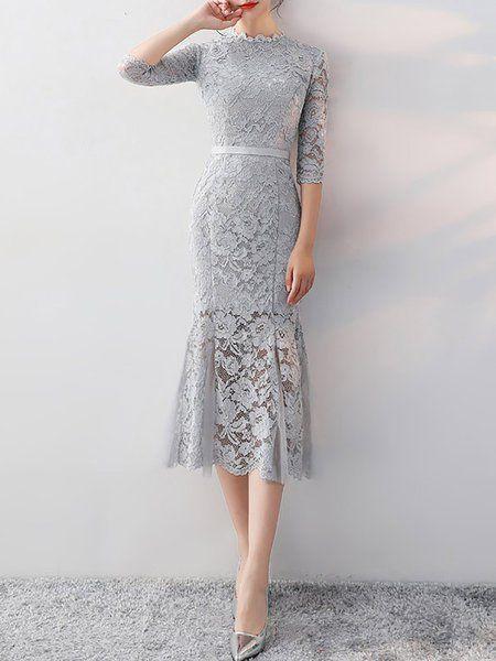 Plus Size Mermaid Guipure Lace Paneled Midi Dress
