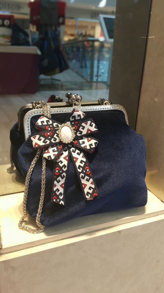 Excited to share this item from my #etsy shop: Royal Large Navy Velvet Bag, Metal Frame Purse, Shoulder Bag, Handbag, Clutch, Handmade, femme, winter bag, princess style, Gamaguchi