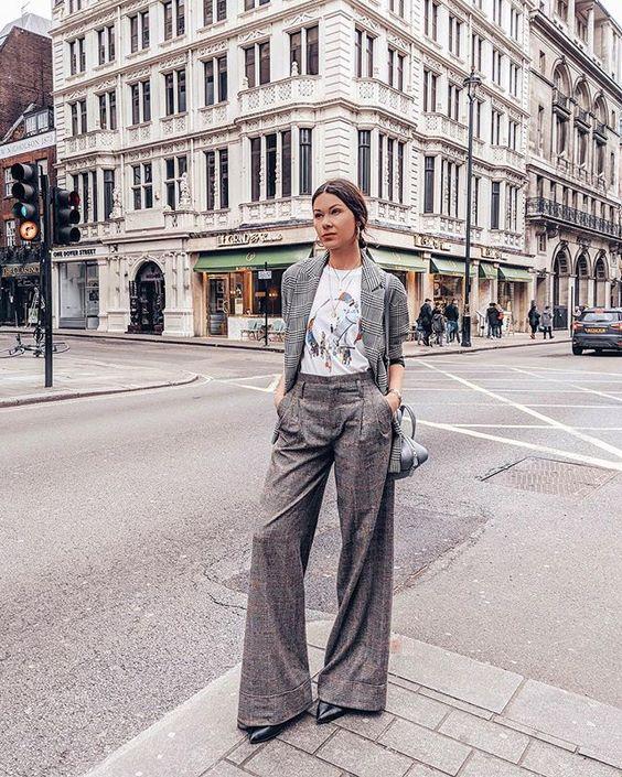 Timeless type of trousers right? #LFW #dressesup #liketkit #prettylittleiiinspo #ootd #americanstyle #fashionweek #lfwstreetstyle