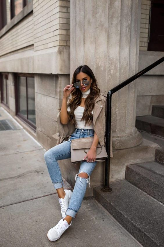 From off-duty chic to business casual, Mia Mia Mine shares the spring sneaker outfits she's loving. {Fashion blogger mia mia mine wears reebok sneakers, chloe faye bag, street style chic}