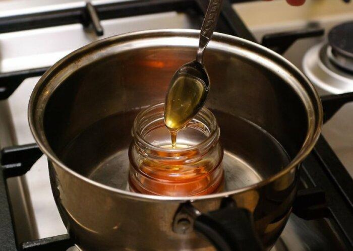 От растопленного меда практически никакой пользы. / Фото: shpilki.net