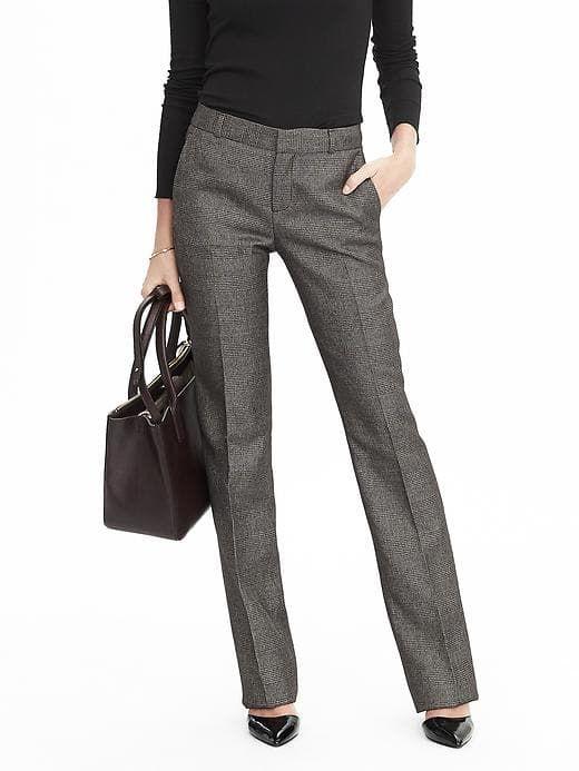 Вывод 2. Купить классические брюки, серого цвета, не зауженные
