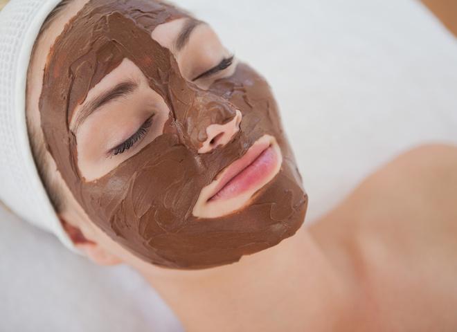 Шоколадные маски для лица: эффективные рецепты в домашних условиях ...