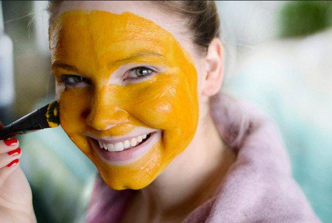 Куркума для лица: 8 отличных масок для красивой кожи   Женский Мир ...