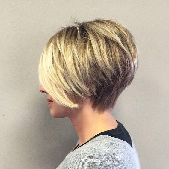 73 отметок «Нравится», 4 комментариев — Renee Marie (@reneemstylist) в Instagram: «#hair #haircut #saloncoccole #highlights #haircolor #pixie #pixiecut #shorthair #shorthaircut…»