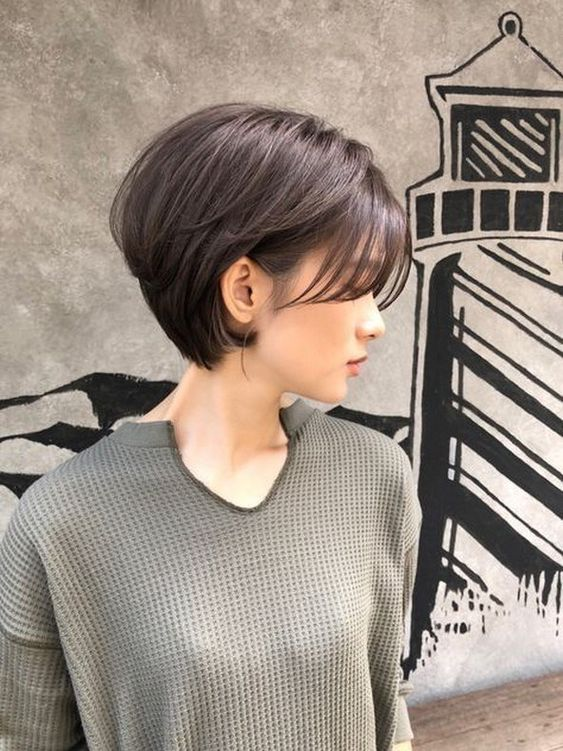 50+ Popular Short Haircuts in 2019 #hairstyleforwoman #womanhairstyle #shorthairstyle » Beneconnoi.com