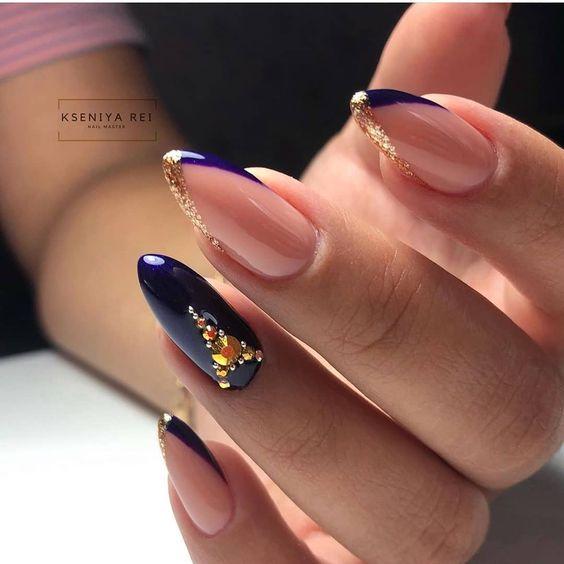"⠀ ⠀ ⠀ ???????????????? on Instagram: ""♥️Вот такие яркие и красивые ноготки♥️Какие бы себе сделала ❓☑️ #nail #nails #manicure #naildesign #nailideas #nailart #дизайнногтей…"""