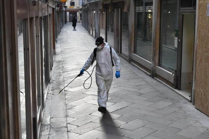 В магазине должна регулярно проводиться тотальная обработка всех поверхностей. /Фото: cdn.tn.com.ar