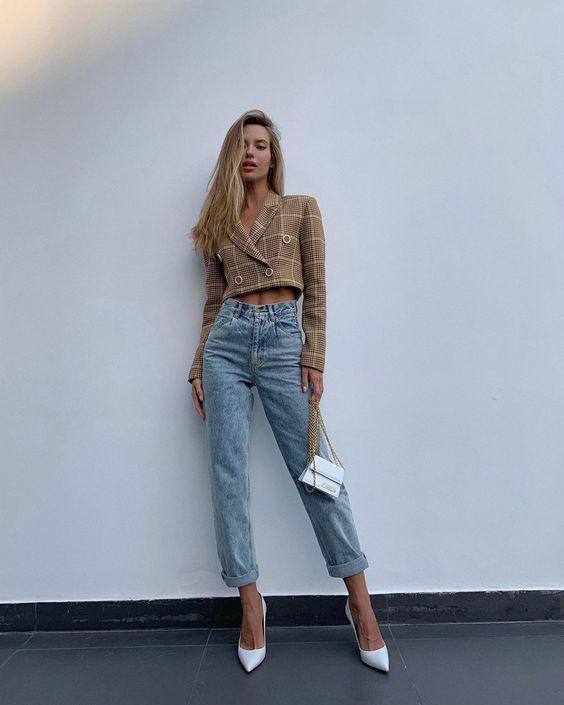 Amour total look ? укороченный пиджак и джинсы бойфренды в наличии ✨ (на фото джинсы в удлинённом варианте)
