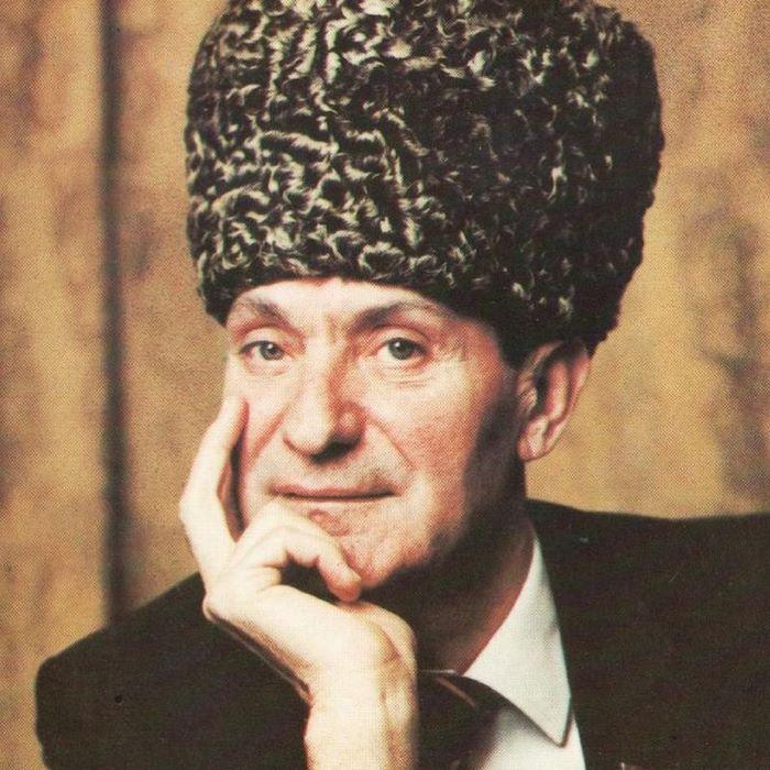 Знаменитый танцор Махмуд Эсамбаев и как мачеха повлияла на его успех