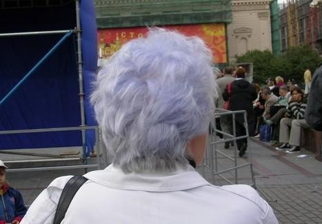 Картинки по запросу фиолетовые волосы старуха
