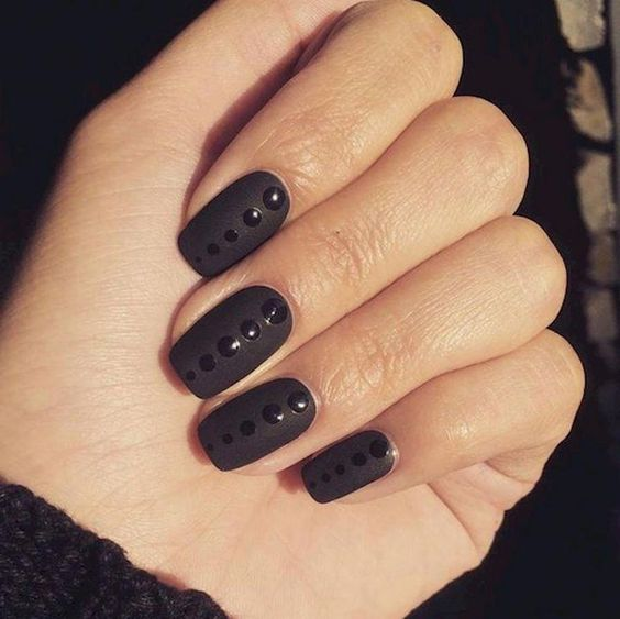 22 Black Nails That Look Edgy and Chic - Awesome glossy dots on matte nails. #blacknails