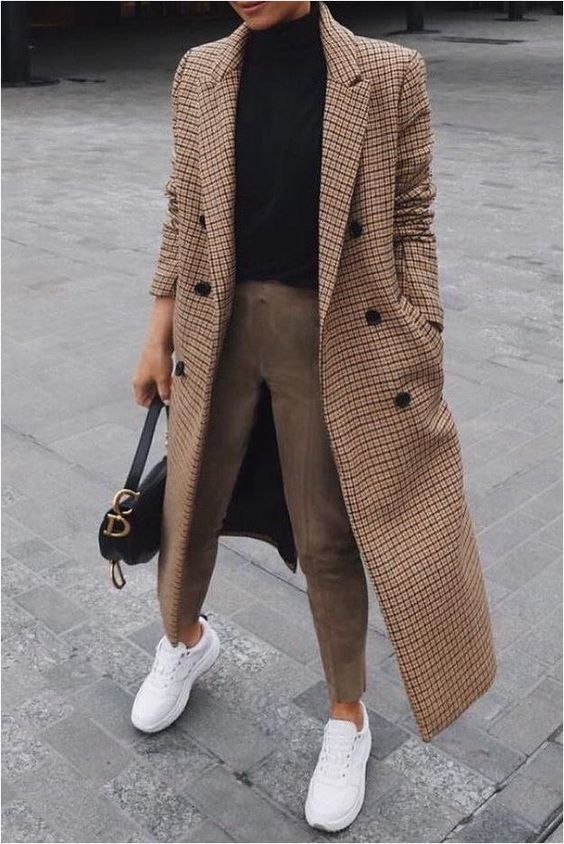 Need fall outfit ideas? Our stylist shares women's fall trends to help with new fall looks and fall fashion ... -- For more information, go to photo link. #falloutfits2019