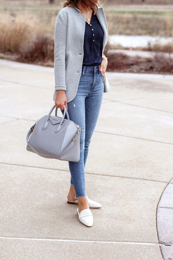Casual chic – gray sweater knit blazer, navy blouse, skinny jeans, loafer