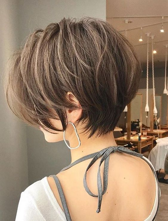 Modern Pixie Hairstyles for Short Hair to Show Off in 2020