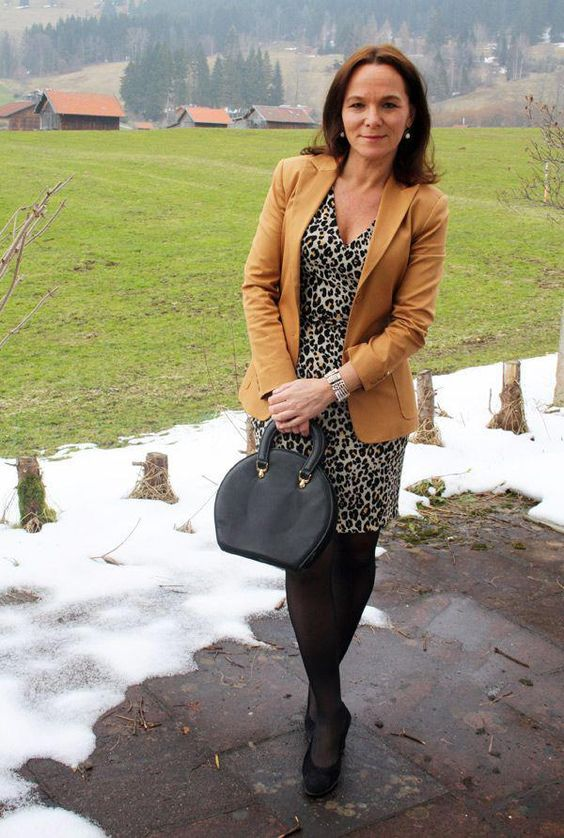 How to look sophisticated and corporate yet modern and hip: Style lessons from Annette #WomenFashionBrands