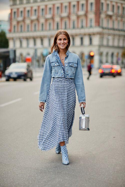 Цветотерапия: как одеваются модные девушки на улицах Стокгольма | Vogue Ukraine