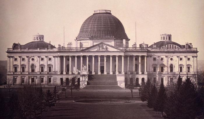 Здание United States Capitol в 1846 г. (Вашингтон, США).   Фото: micccp.com.