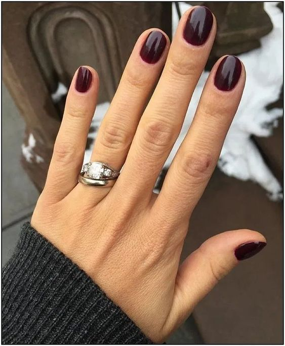 135+ stylish fall nail designs and colors you'll love 32 | cynthiapina.me