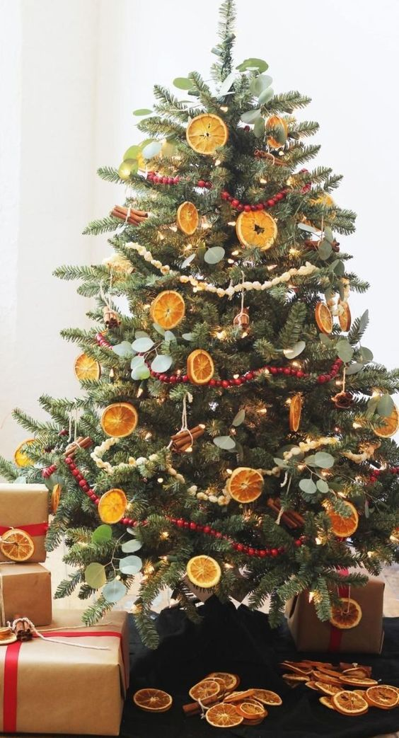 Christmas tree decorated with dried fruit.