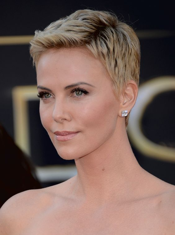 News: Charlize Theron Discusses Her Buzz Cut; Hairstyles for Humid Weather | StyleCaster