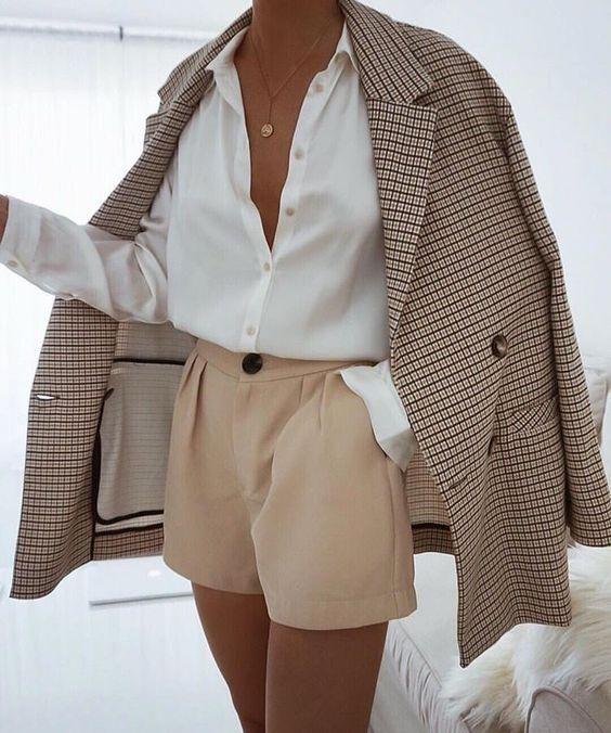Шорты классические как носить блейзер в клетку офисный стиль мода Белая рубашка базовый гардероб одежда