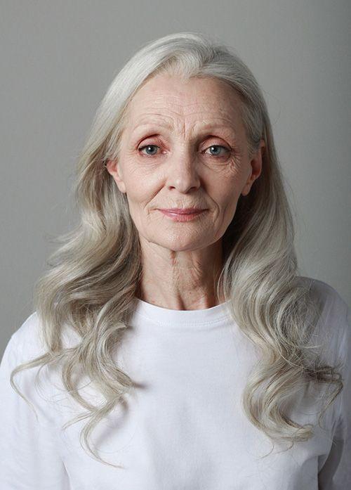Как 60-летняя петербурженка стала моделью, снялась для обложки журнала и теперь призывает небояться старости. «Бумага»