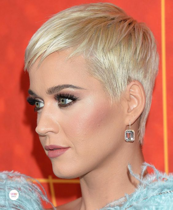 DAILY DAZZLER: Katy Perry - amfAR Los Angeles 2018 - Who Wore What Jewels