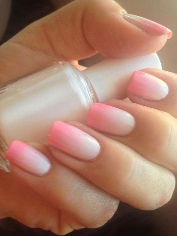 29 Gradient Nail Designs You Must Try - Fashion Star #flowernaildesigns